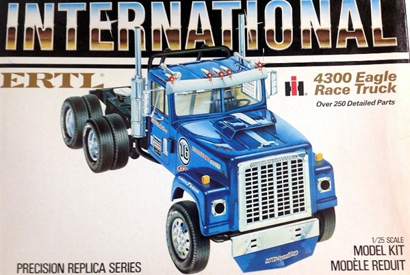 International Transtar 4300 Eagle Race Truck 1 25
