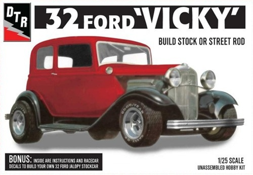 & 1932 Ford