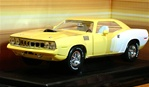 1971 Plymouth Barracuda  Yellow White  (1/18) Rare Diecast  (fs)