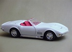 1969 CORVETTE WHITE W RED INTERIOR CANNADAYS LTD ED(1/18) Rare Diecast  (fs)