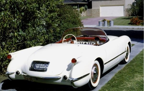 1953 Corvette Roadster (1:24) (fs)