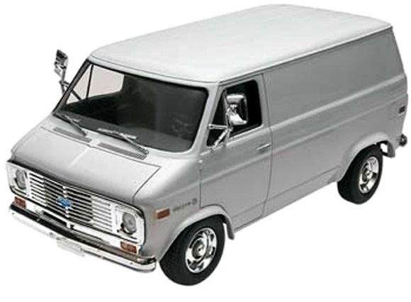 1977 Chevy Van (1/24) (fs)