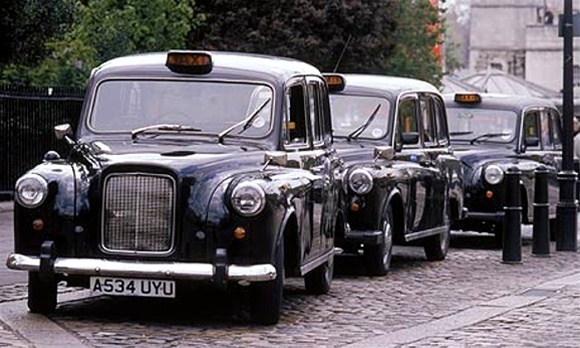 Uk Taxi Car: 1958 Austin FX4 London Taxi (Revell Of Germany) (1/24) (fs