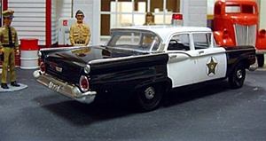 "1959 Ford 4 door ""Mayberry"" Police car  1/25"