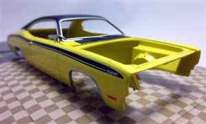 1971 Plymouth Duster ProShop Pre-Painted Yellow with Black Vinyl Top (1/25) (fs)