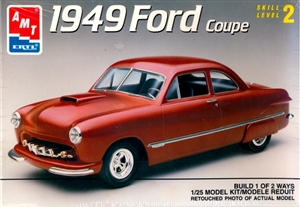 1949 Ford Custom Coupe (1/25) (fs)