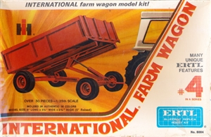 International Farm Wagon (1/25) (fs)