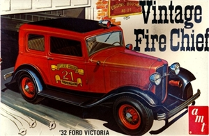 "1932 Ford Vicky ""Vintage Fire Chief"" (3 'n 1) (1/25) (si)"