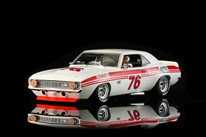 1969 Chevrolet Camaro Z28 'Lennox Air' Joe Chamberlain #76 Slot Car (1/24) (fs)