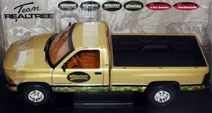 2002 Dodge Ram 2500 'Advantage Timber - Team Realtree' Outdoor Sportsman Diecast Kit (1/18) (fs)