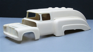 "Ford FD-100 Tanker Truck (1/25) ""Resin Body"""