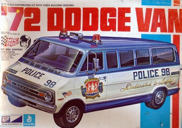 1972 Dodge Van (3 'n 1) Stock, Police or Drag (1/25)