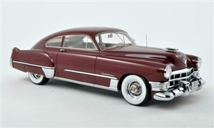 1949 Cadillac Club Coupe Sedan (1/18) (fs)