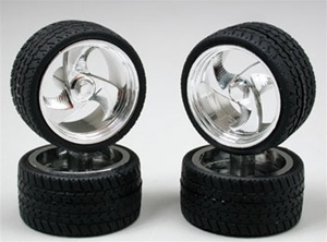 "Tri-blade Wheels with Low-Profile Tires 19"" (Set of 4) (1/25)"