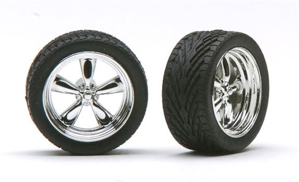 """Chrome T's (Torq Thrust) Wheels with Tires 18"""" (Set of 4 ..."""