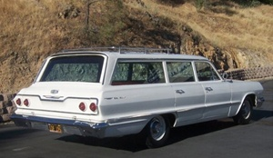 1963 Chevy Belair 4-door Station Wagon with Open Hood (Resin Trans-kit)